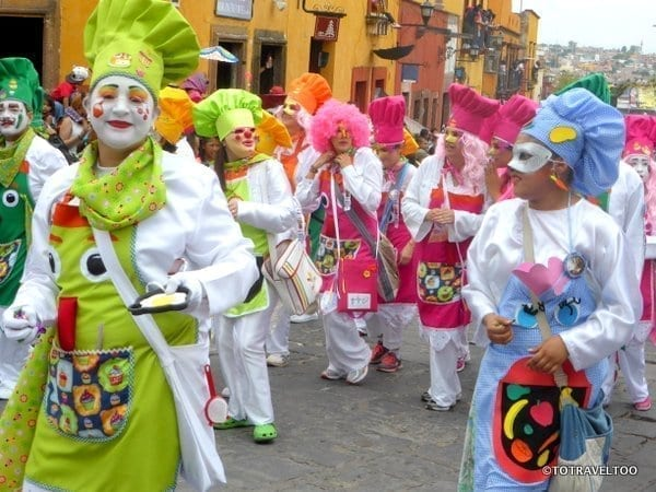 Locos Parade San Miguel de Allende