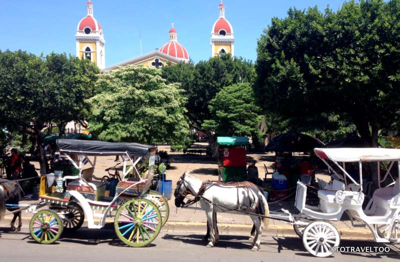 Horse Drawn Carriage Rides start from Parque Central